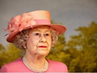 Queen 18930876531346782348
